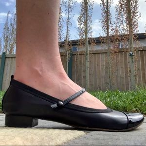 Kenneth Cole Mary Jane Flats
